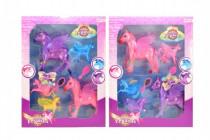 Kôň plast 5ks s doplnkami v krabici 28x37cm