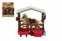 Kôň flíska so stajňou a doplnkami plast