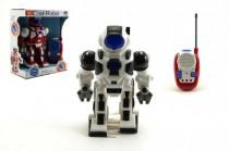 Robot RC plast 20cm na vysílačku na baterie se zvukem se světlem - mix barev