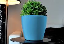 Samozavlažovací kvetináč GreenSun AQUAS priemer 22 cm, výška 21 cm, modrý