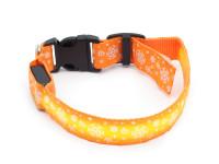 Svítící nylonový LED obojek s očkem na vodítko, oranžový s vločkami, Domestico