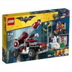 Lego Batman 70921 Movie Harley Quinn a útok dělovou koulí