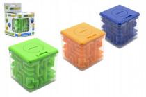 Pokladnička s hlavolamom pre otvorenie mince do 5Kč plast 8x8cm - mix farieb