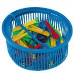 kolíčky na prádlo plastové (50ks) v kulatém košíčku plastové - mix barev