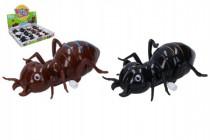 Mravec na kľúčik plast 11cm - mix farieb