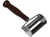radielkom 6x4cm na trubičky nerez + drevená rukoväť