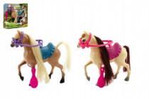 Kôň s doplnkami plast 16cm - mix farieb