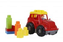 Traktor s kostkami