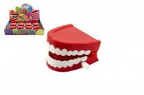 Zuby na natiahnutie plast 6cm