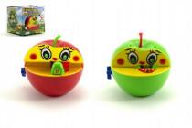 Pokladnička červené jablko s červíkom na kľúčik plast 16x10cm - mix farieb